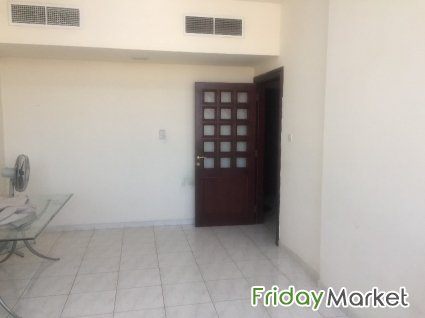 Mussafah Shabia 10 Big Room For Rent For Family Couple Female In
