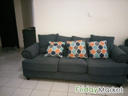 Enjoyable 3 Seater And 2 Seater Homes R Us Sofa In Uae Fridaymarket Download Free Architecture Designs Pushbritishbridgeorg