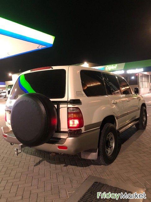 Land Cruiser GXR V6 Ajman UAE