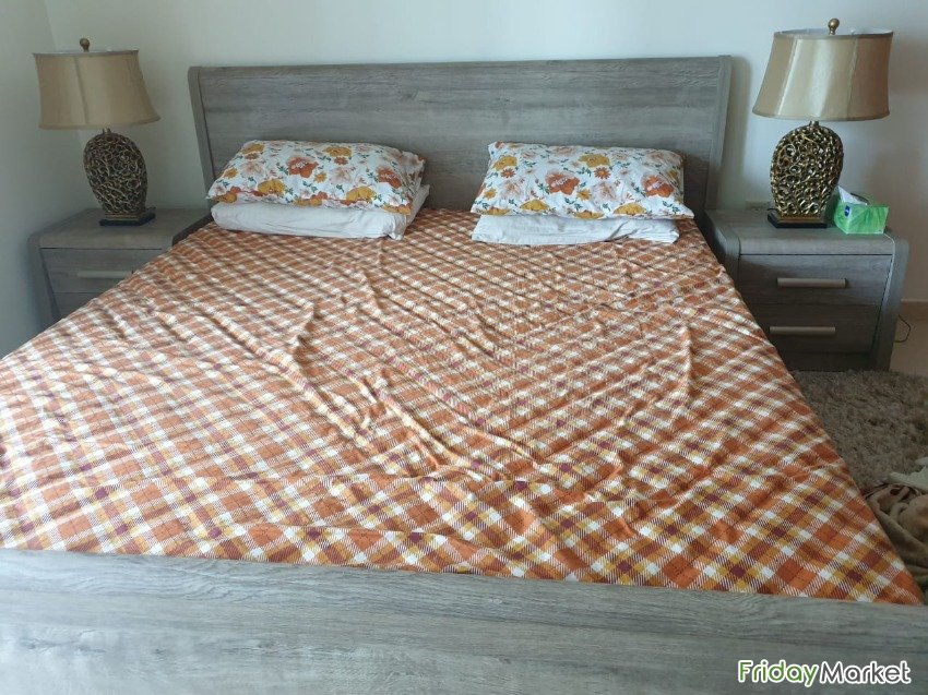 Bed Set With Matress Pillow And Chester Dubai UAE